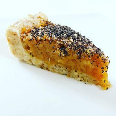 jabolcna-pita-z-makom-1