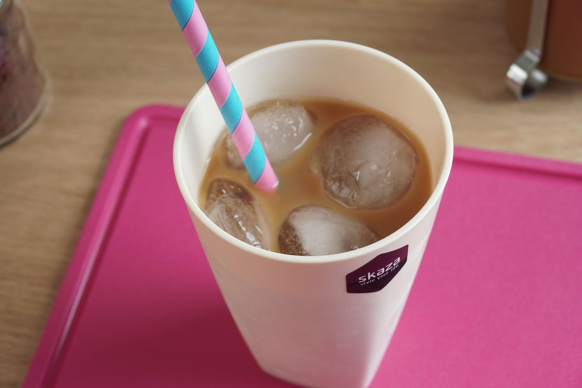 Ledena grška kava z riževim mlekom