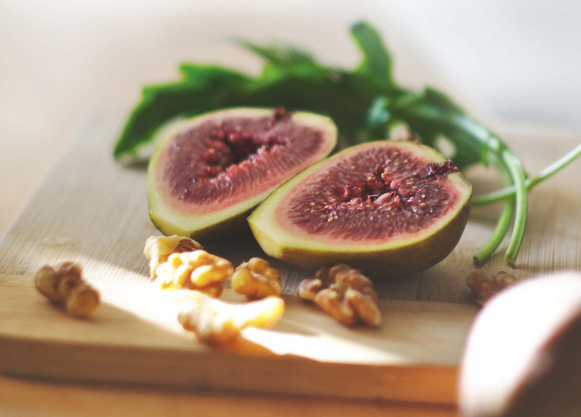 Sladke fige s pridihom poletnega sonca