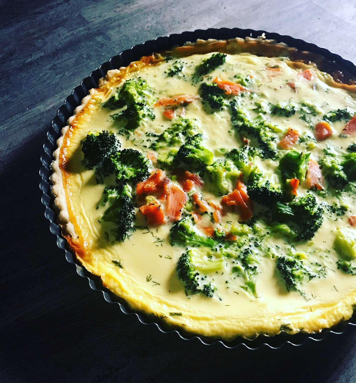 Pita z lososom in brokolijem