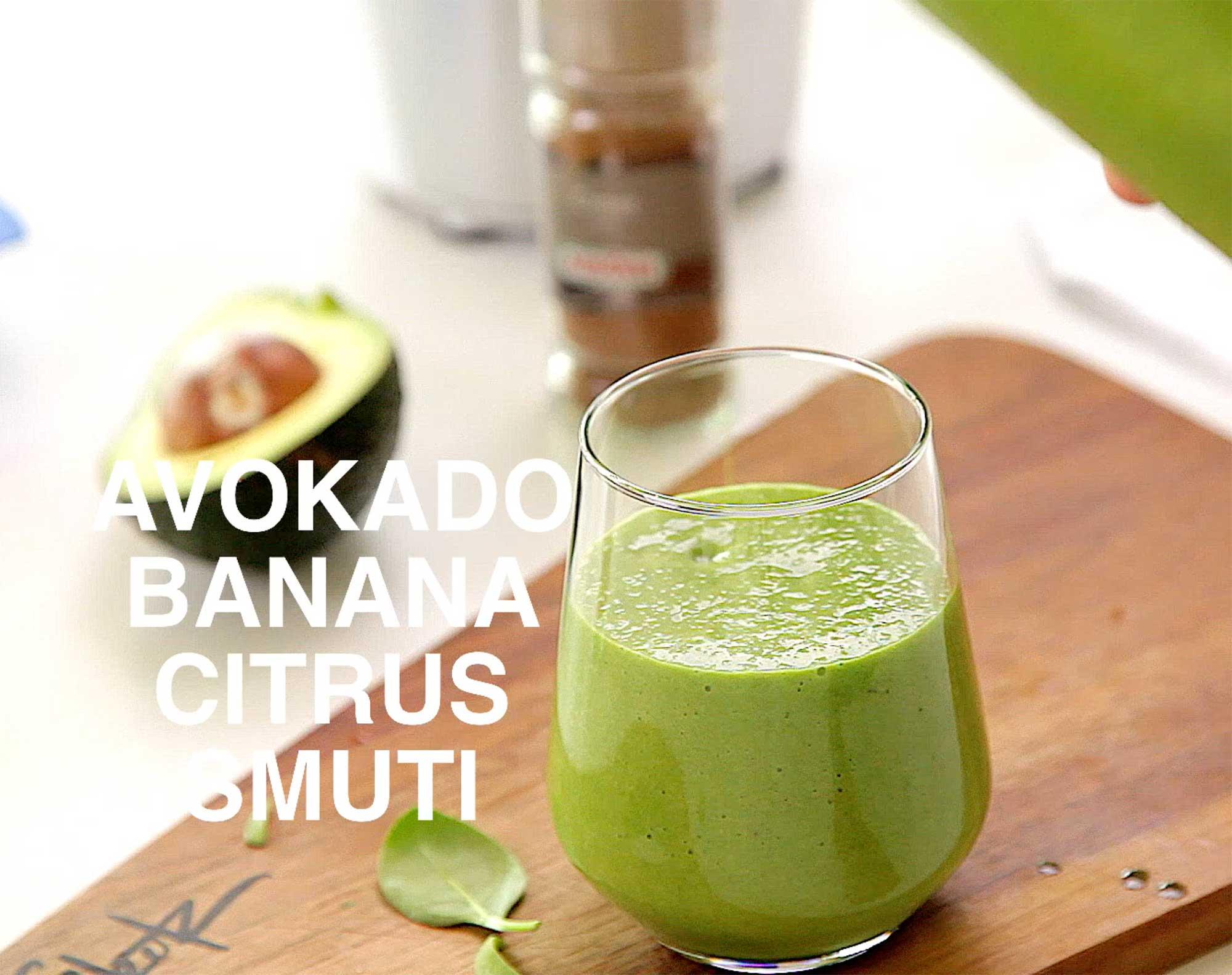 Smuti avokado banana špinača ingver cimet