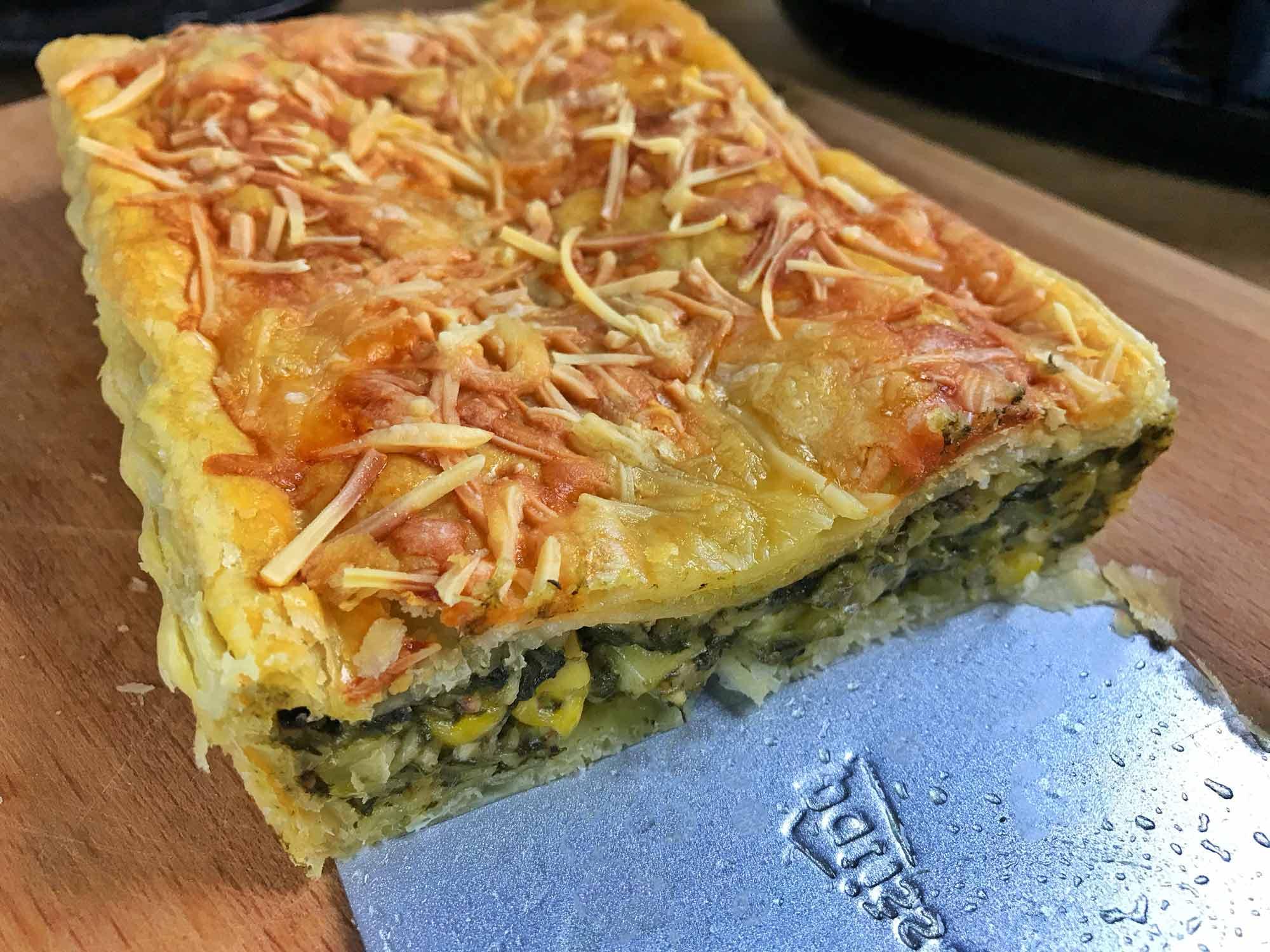 Špinačna pita s kremnim sirom in timijanom