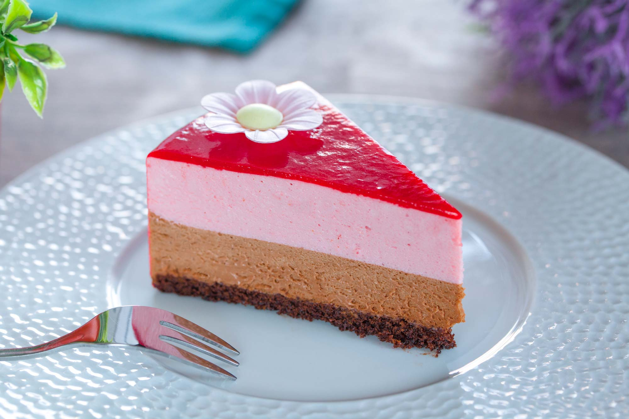Jagodna mousse torta s čokolado