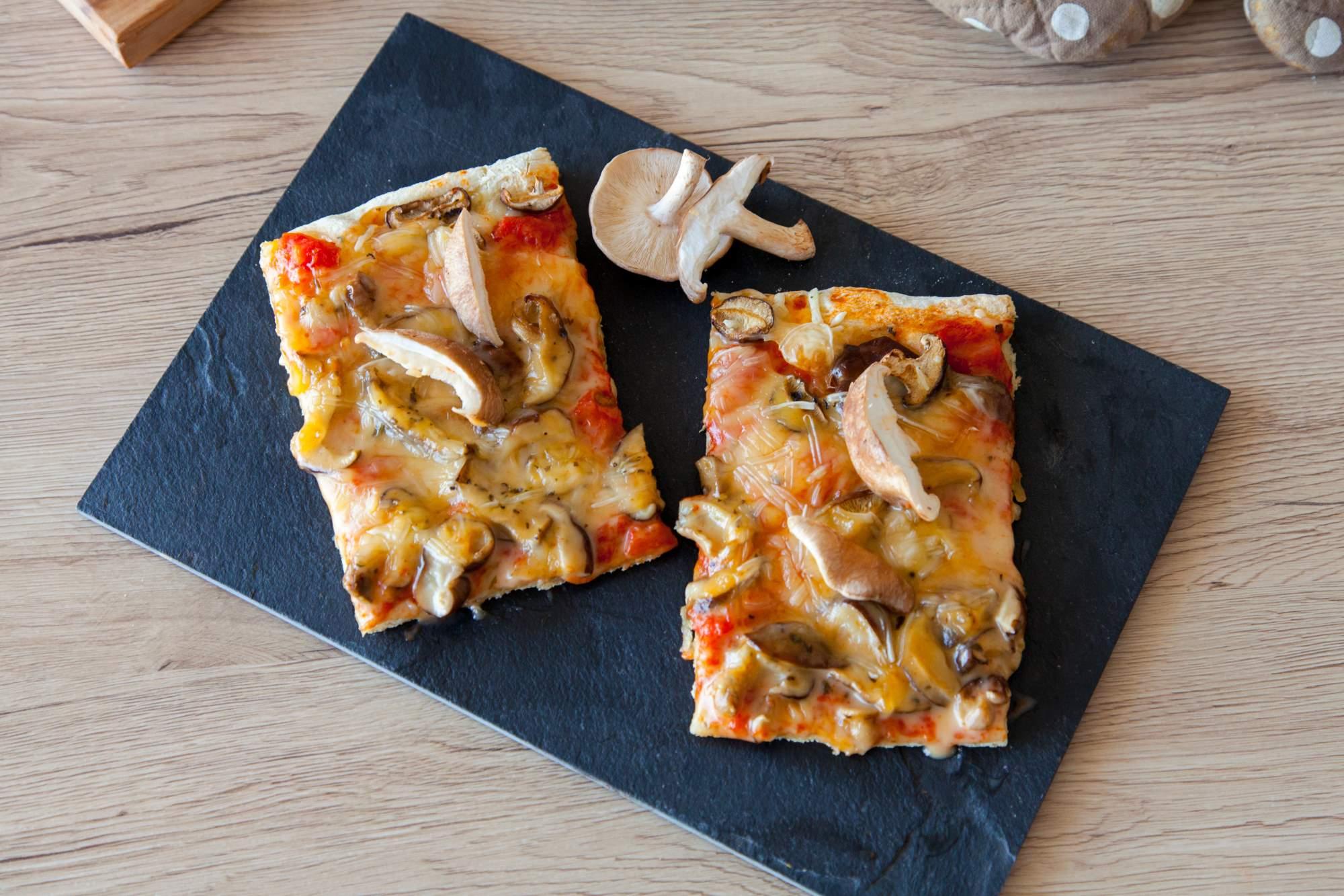 pizza veganska shitake brez glutena