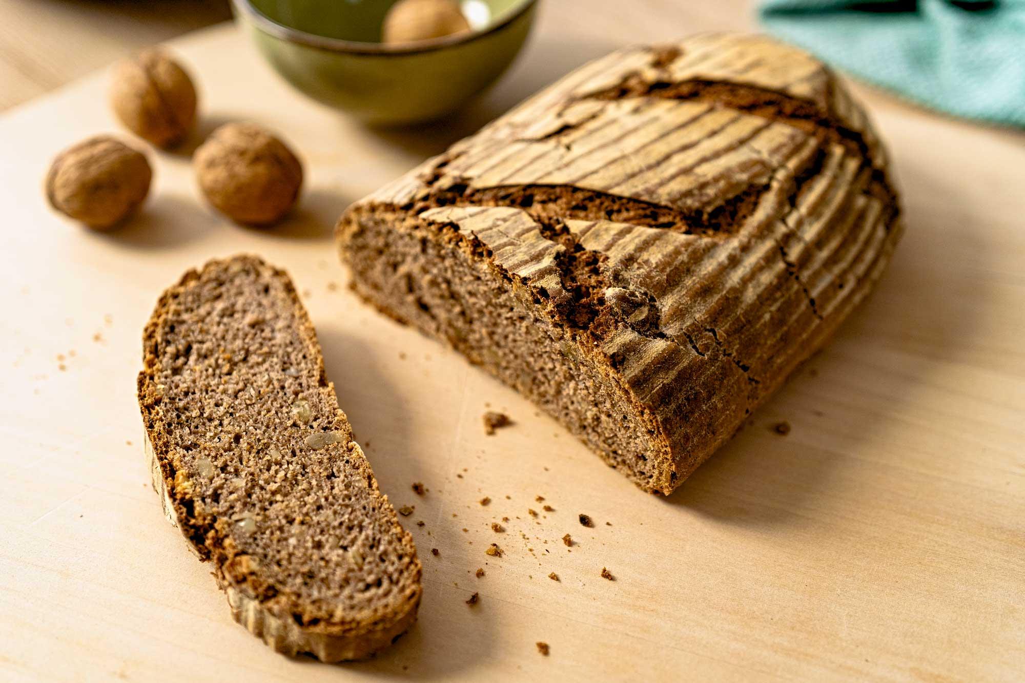 Ajdov kruh z orehi