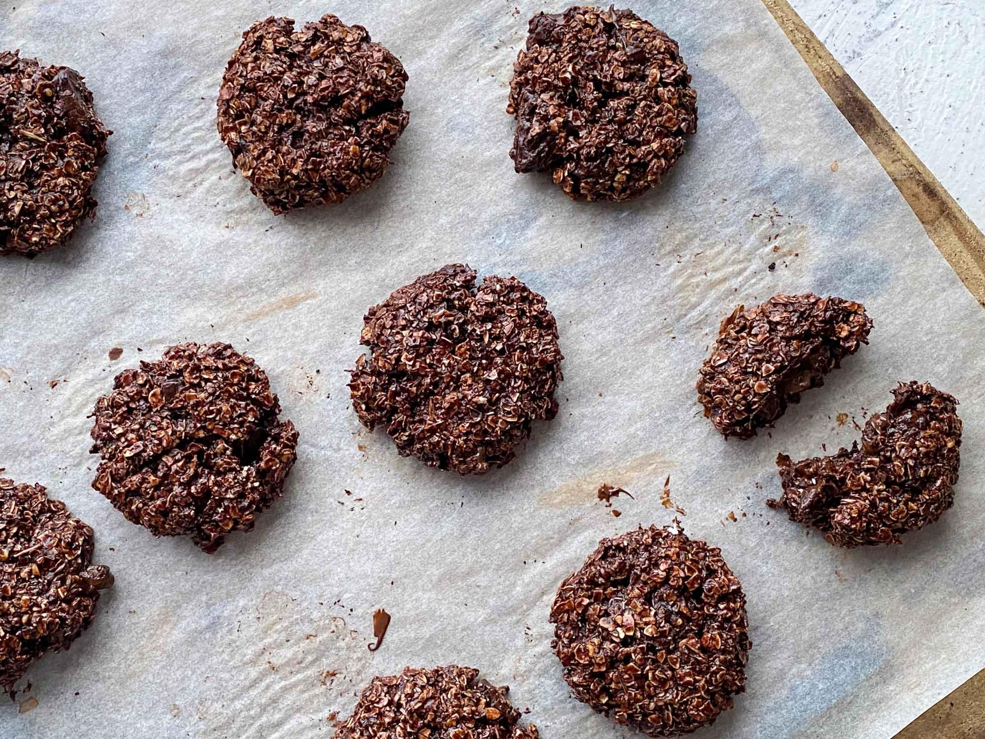 Ovseni piškoti s čokolado