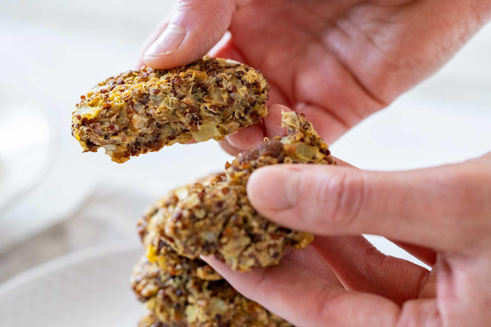 Polpeti iz ajde in rdeče kvinoje