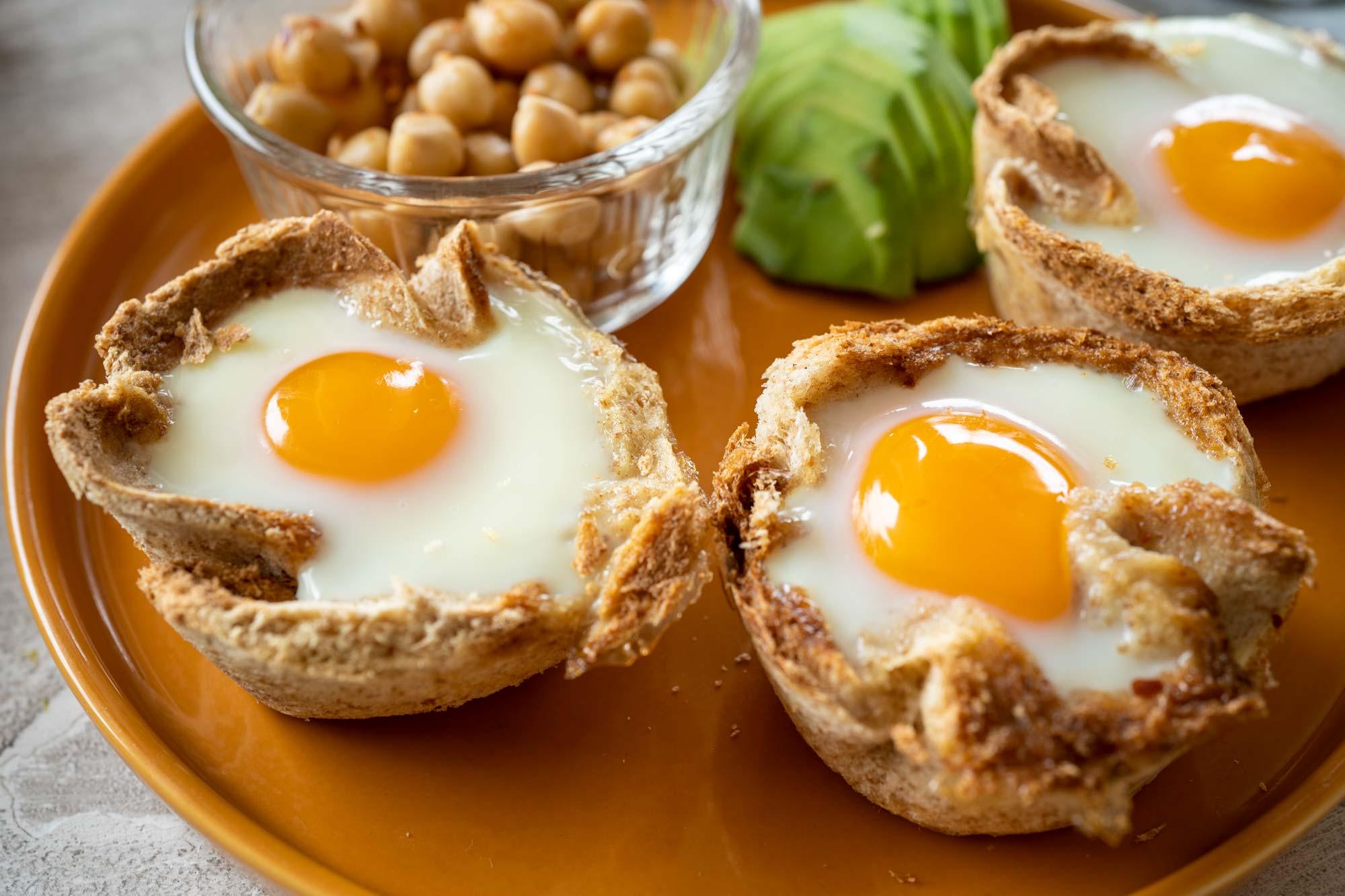 Zajtrk toast skodelice