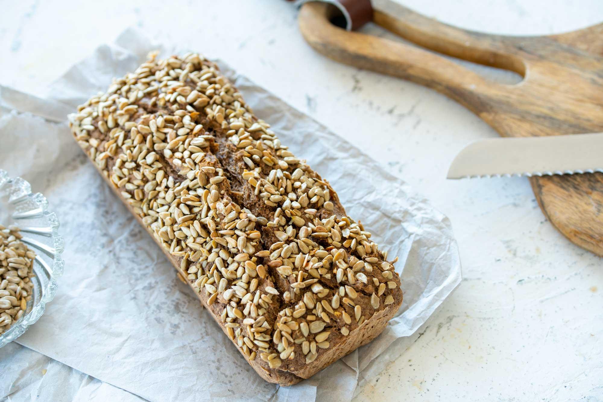 Ajdov kruh s chia semeni