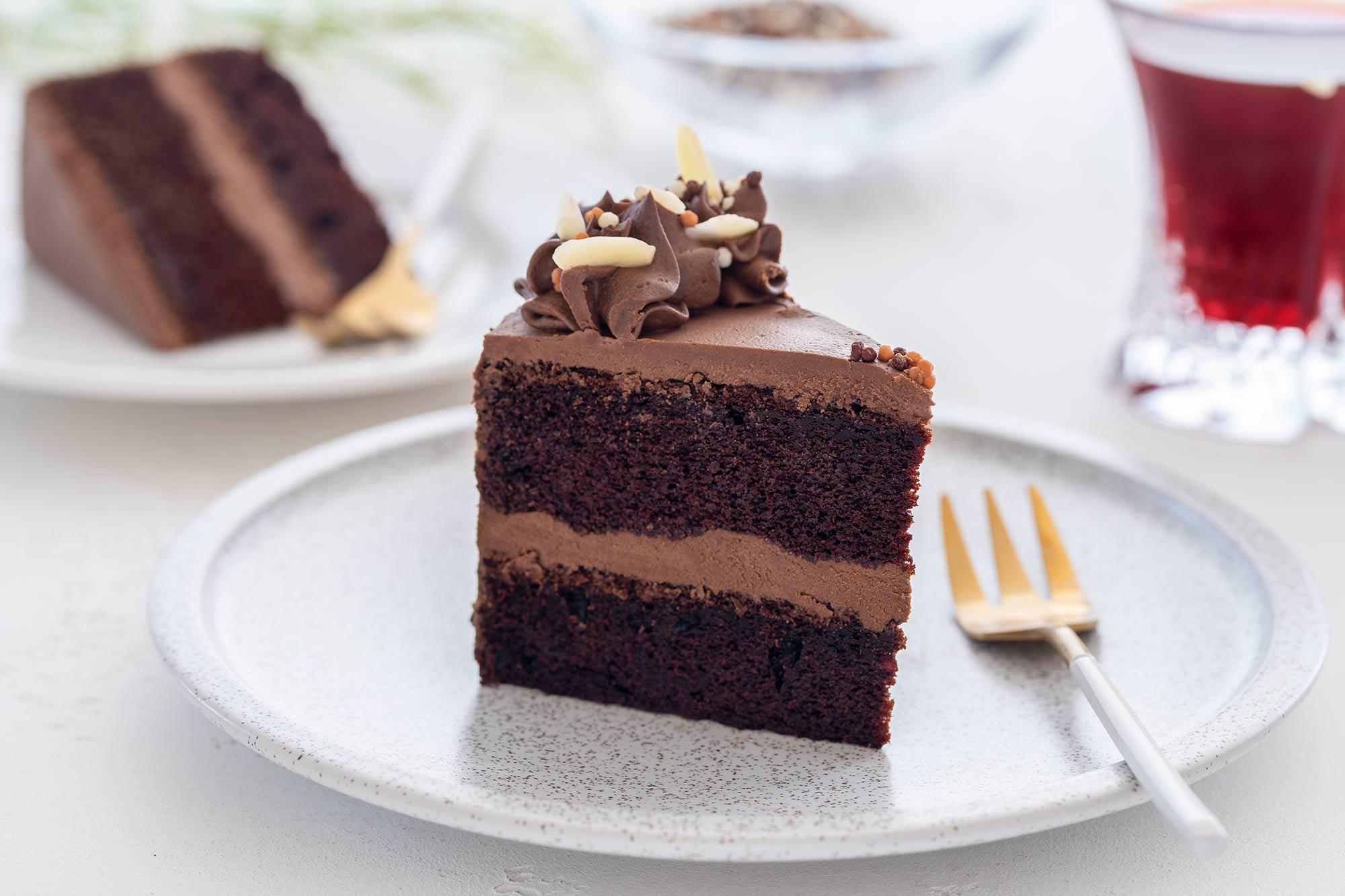 Preprosta čokoladna torta