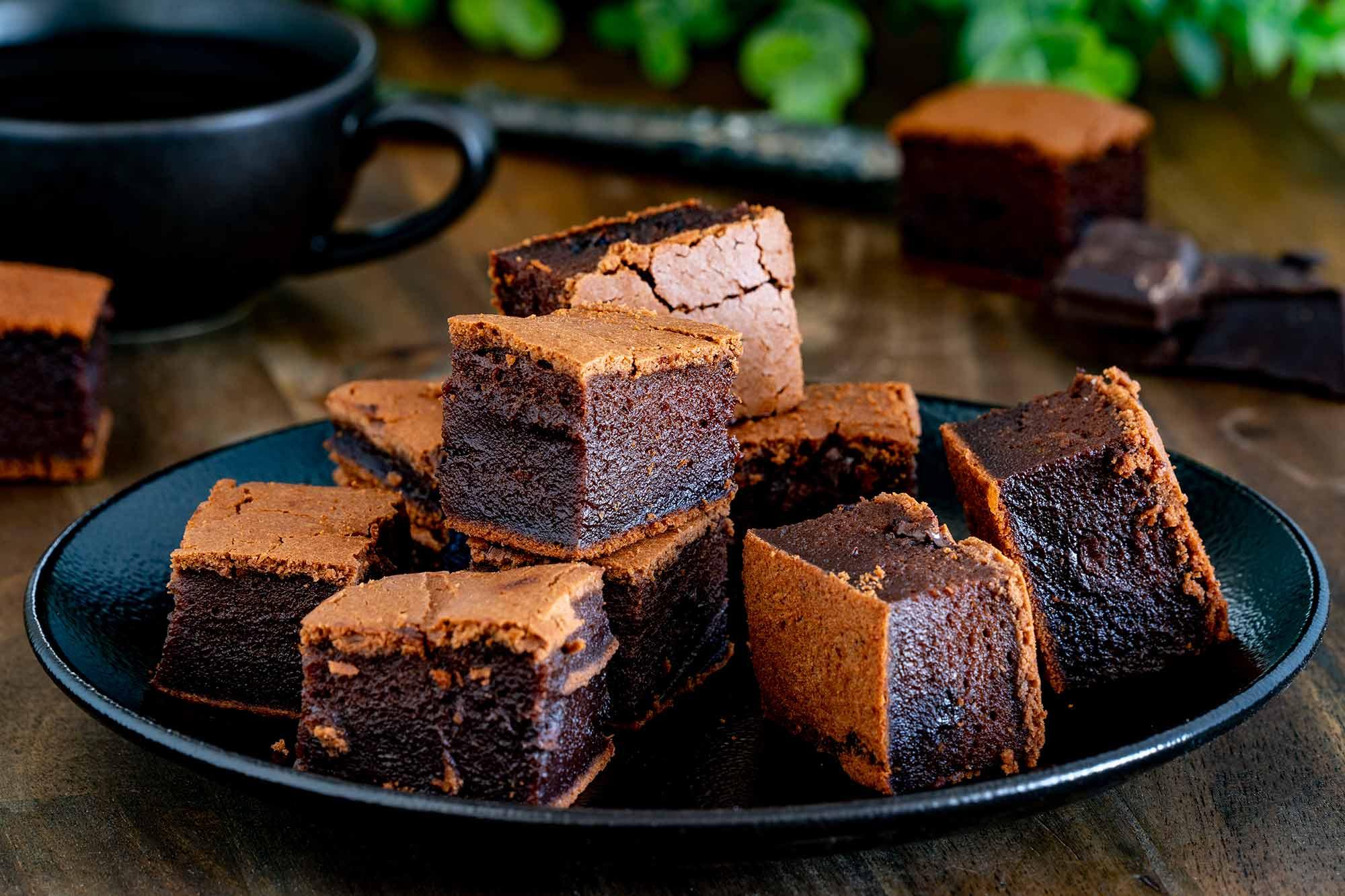 Čokoladni mochi kolač